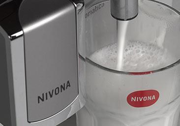 Specjały mleczne po naciśnięciu jednego przycisku z ekspresu automatycznego Nivona 520
