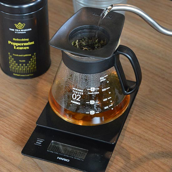 4. Pamiętaj, że herbatę               Peppermint Leaves możesz zaparzyć dwukrotnie.