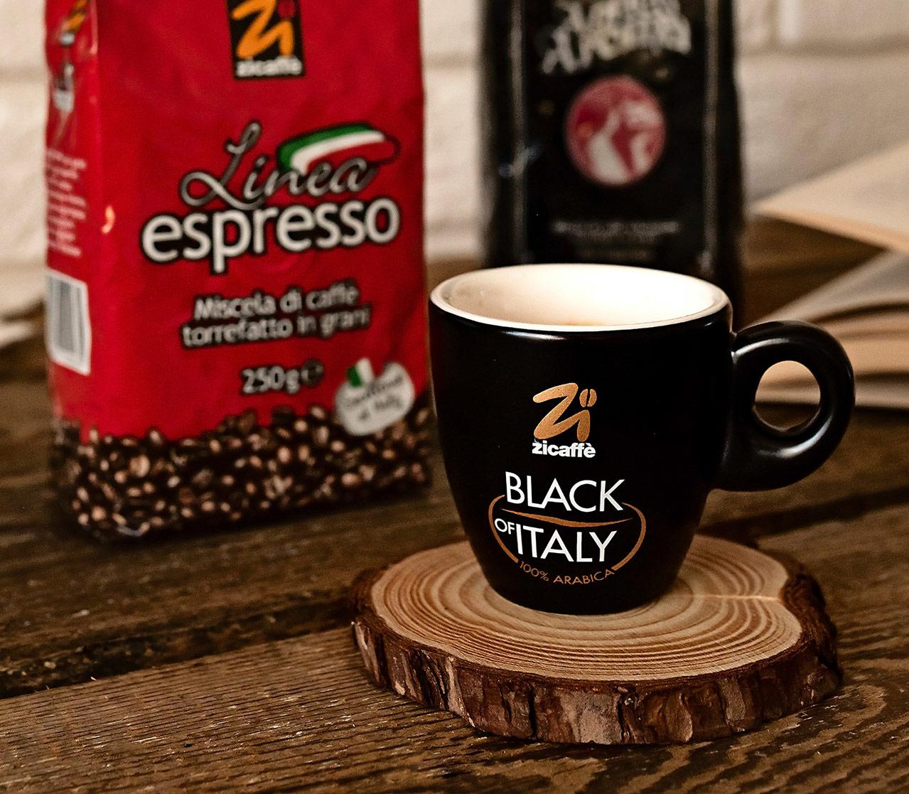 Kawa i filiżanka Zicaffe