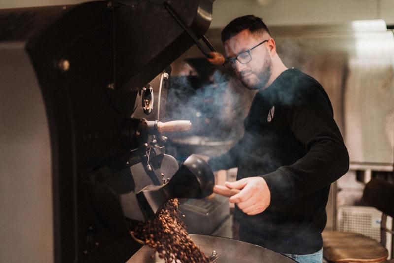 Wypalanie ziaren kawy Story